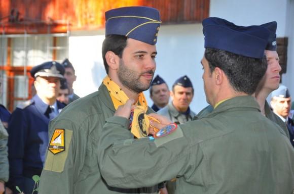 Um dos quatro novos pilotos de A-4AR - 8 maio 2013 - foto Força Aérea Argentina