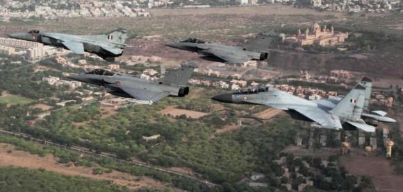 Garuda V - Rafale - Su-30MKI - MiG-27 - foto via Economic Times