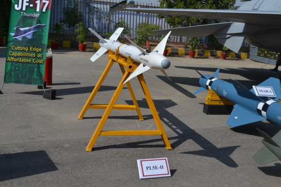 JF-17 weapons - 1