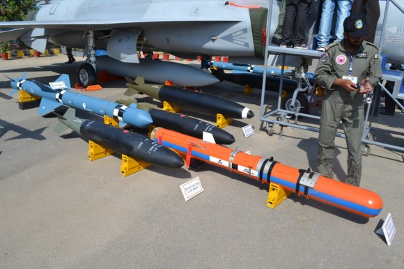 JF-17 weapons - 3