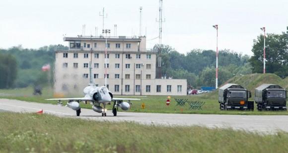 caças Rafale na Polônia são substituídos por Mirage - foto 3 Min Def França