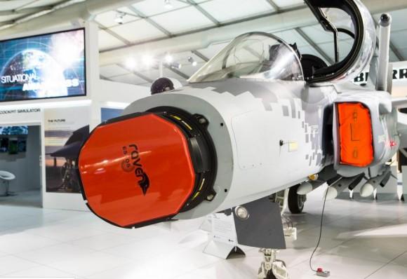 Farnborough - maquete Gripen - foto 2 Saab