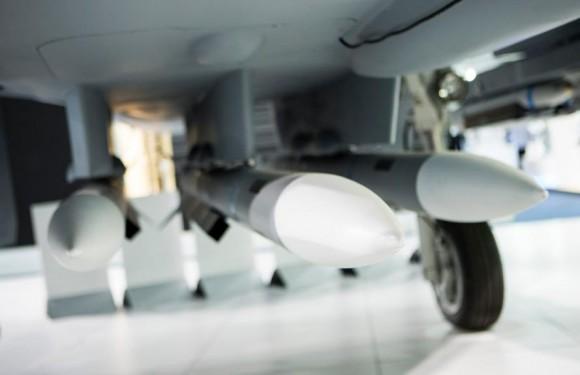 Farnborough - maquete Gripen - foto 4 Saab
