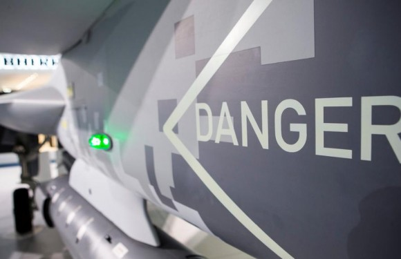 Farnborough - maquete Gripen - foto 8 Saab