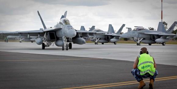 Caças Super Hornet australiano partem para o Oriente Médio - foto Min Def Australia