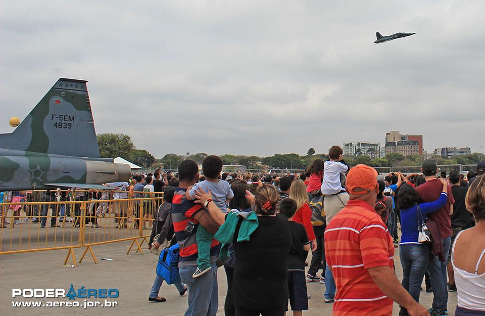 Domingo Aéreo no Campo de Marte 2014 - 021a