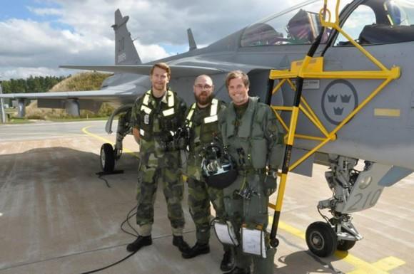 Primeiro Gripen C no mundo a atingir 2000 horas de voo - foto 3 Forças Armadas da Suécia