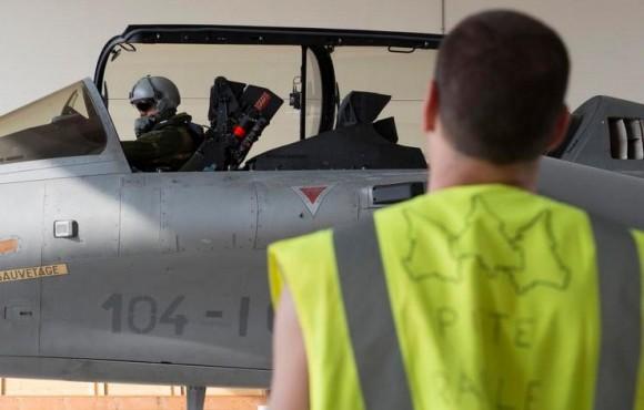 Rafale - segundo voo reconhecimento Iraque - foto Força Aérea Francesa