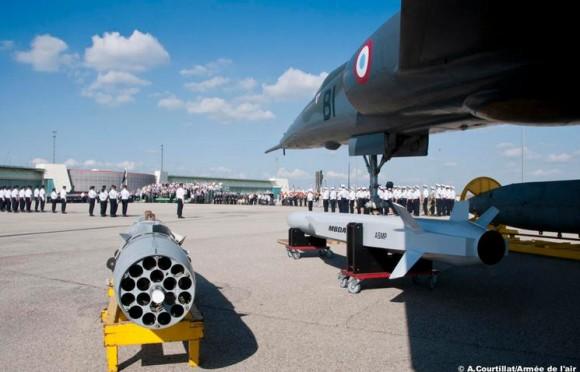 50 anos dissuasão nuclear França - armas e Mirage IV - foto Força Aérea Francesa