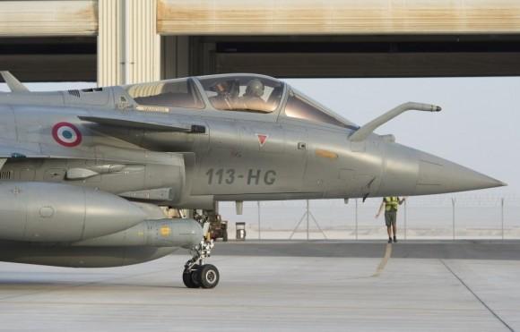 Caça Rafale do esq 1-7 Provence do reforço a operações no Iraque - foto Min Def França