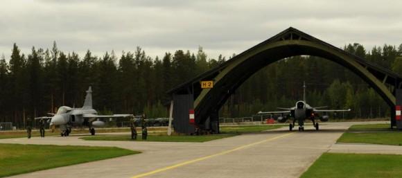 Caças Gripen suecos - foto 2 Forças Armadas da Suécia