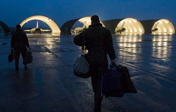 Caças Rafale do reforço a operações no Iraque - traslado Saint Dizier para Al Dhafra - foto Min Def França