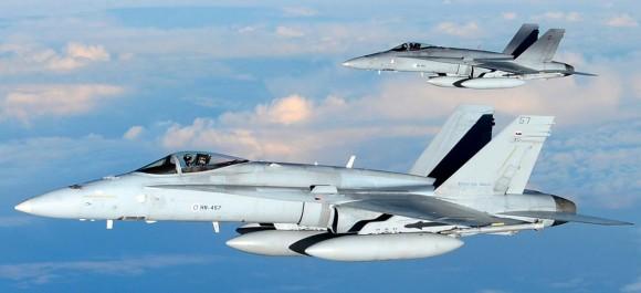 F-18 finlandeses - foto Forças Armadas da Finlândia