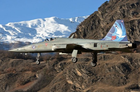 F-5 - foto Força Aérea Suíça
