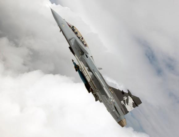 Gripen NG com seis mísseis e duas bombas - foto 3 Saab