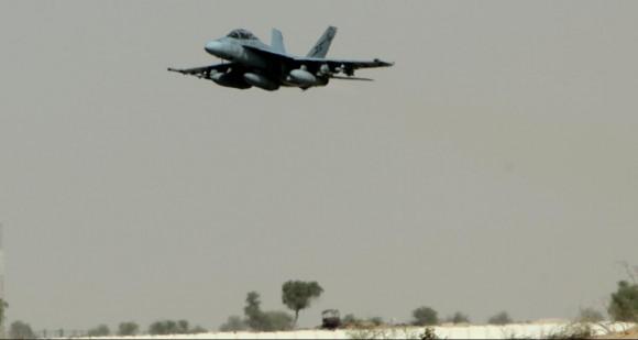 Missão Super Hornets da RAAF em 5-10-2014 - foto 3 Min Def Australia