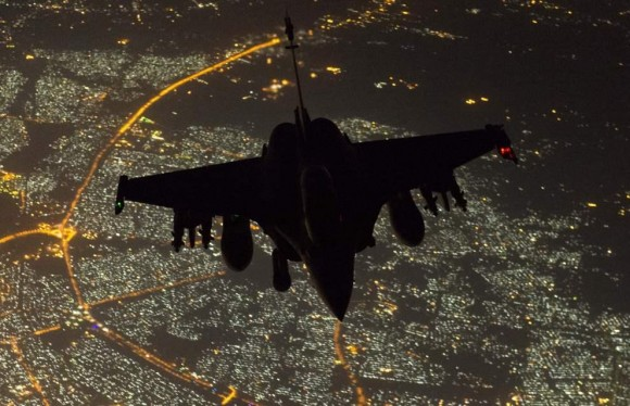 Rafale - primeira missão noturna na operação Chammal - foto Min Def França