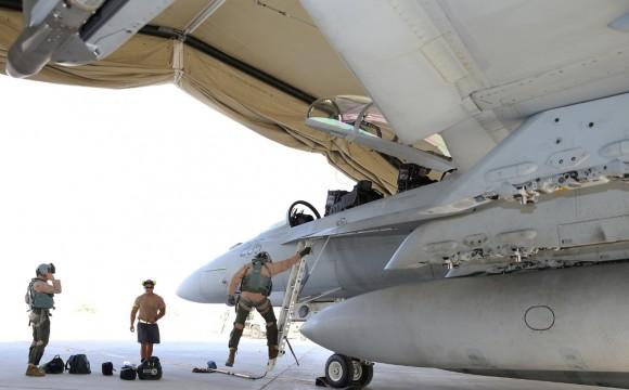 Super Hornet australiano volta de primeira missão no Oriente Médio - foto 4 MD Australia