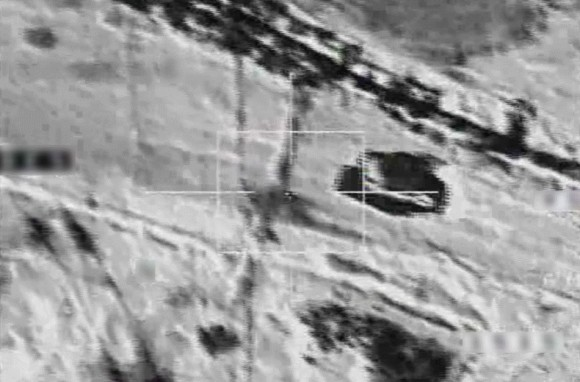 caças Rafale em missão sobre o Iraque - foto do ataque a veículos - Min Def França