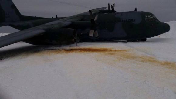 C-130 da FAB acidentado na Antártida - 2