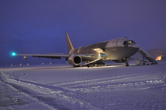 KC-767 italiano apoia traslado de caças Gripen tchecos de volta da Islândia - foto Min Def Rep Tcheca
