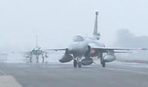 JF-17 Thunder introduzido na CCS da PAF - cena 3 vídeo Newsone