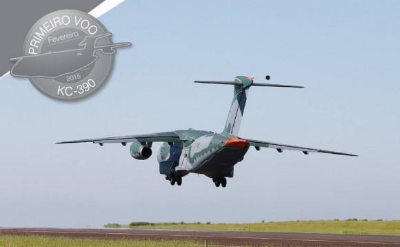 KC-390 decolando