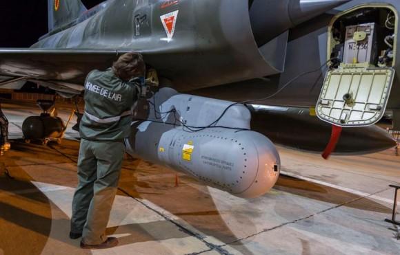 Operação Chammal - Mirage 2000D e pod - foto via Min Def França
