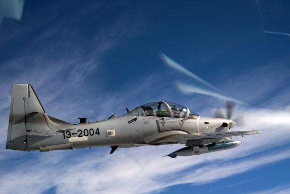 Piloto afegão voa pela primeira vez no A-29 - 3