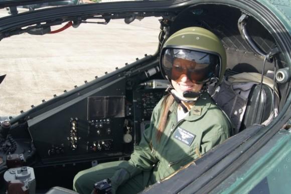 Tenente Vitória em AH-2 Sabre - foto 2 FAB
