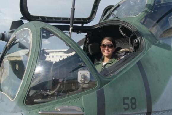 Tenente Vitória em AH-2 Sabre - foto FAB