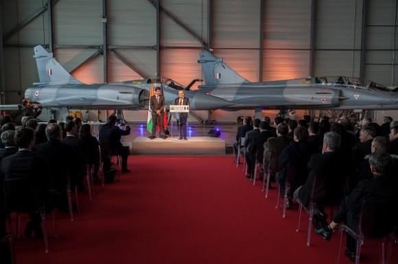 cerimônia entrega primeiros Mirage 2000 modernizados à Índia - foto Dassault