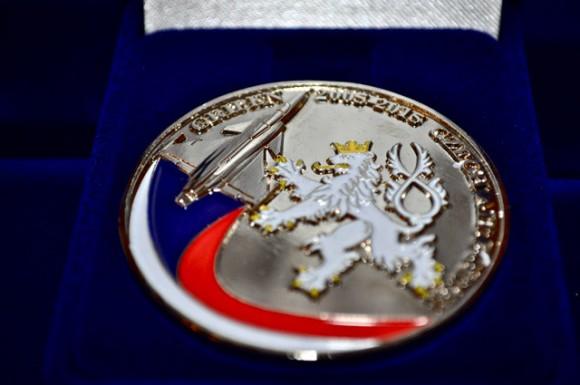 celebração tcheca 10 anos Gripen - medalha - fotos Min Def Rep Tcheca