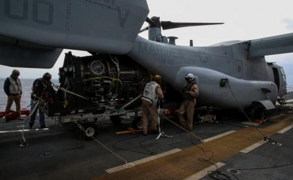 Motor de F-35B transportado ao USS Wasp por V-22 Osprey - foto 2 USMC