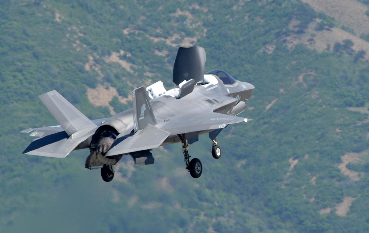 F-35B em testes para a IOC - foto 2 USAF