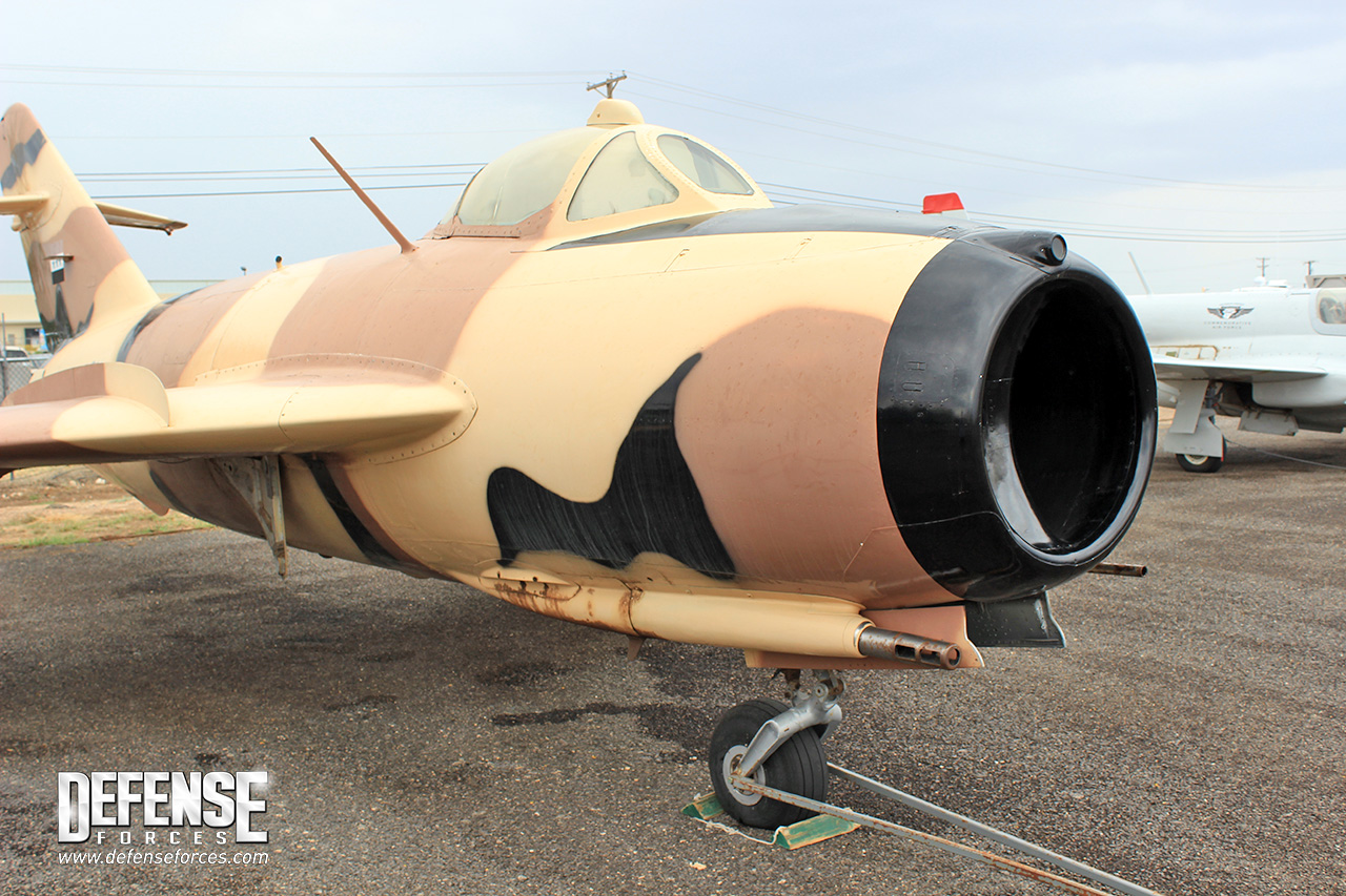 Fuerza Aérea Conmemorativa (CAF) CAF-MiG-17-2