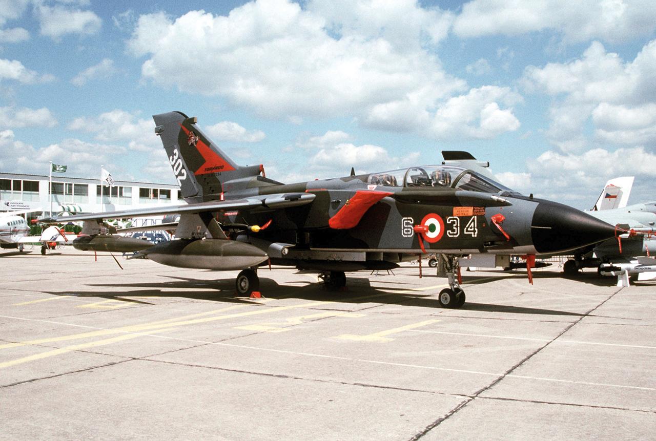 Italian_air_force_Tornado_1991