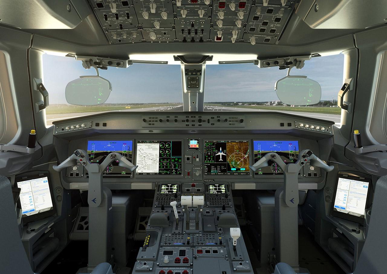 cockpit-e-Jets-e2-dreammaker-1280x905