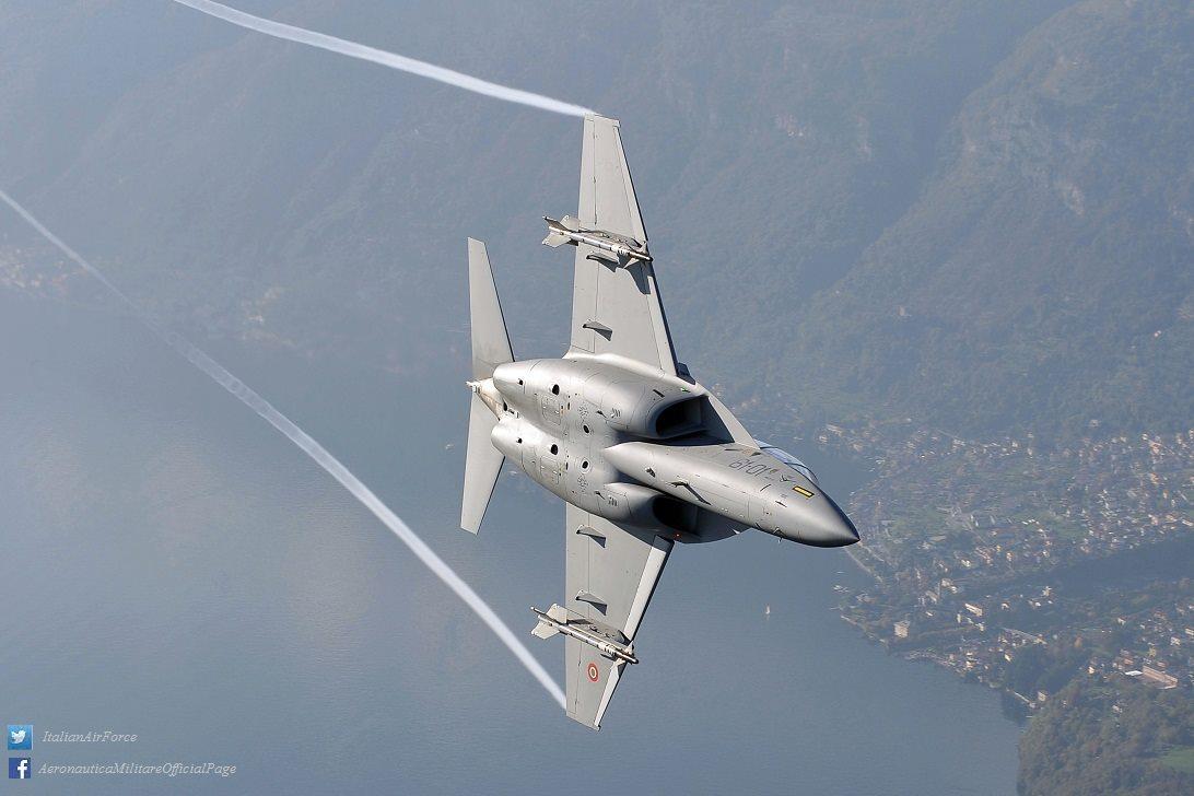 M-346 - foto Forca Aerea Italiana