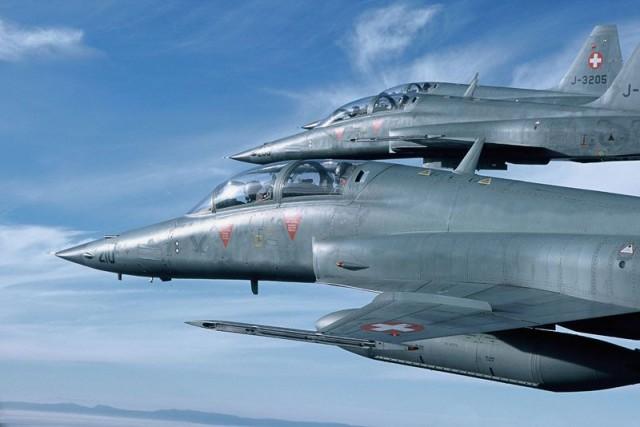 F-5 F - foto Forca Aerea Suica