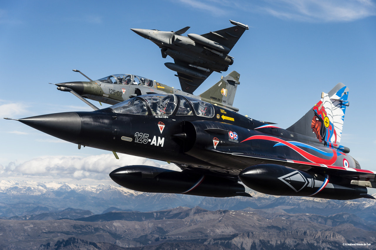Mirage-2000N-pintura-100-anos-La-Fayette-foto-Forca-Aerea-Francesa.jpg