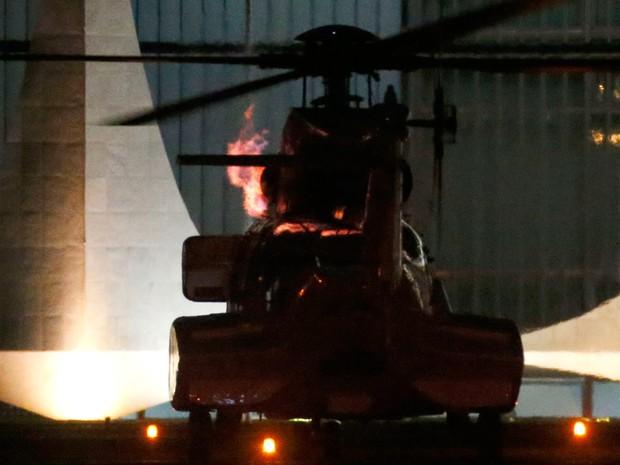 labareda-helicoptero-dilma