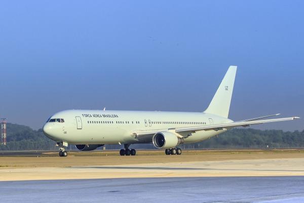 Boeing 767-300ER - FAB 2900 - foto FAB