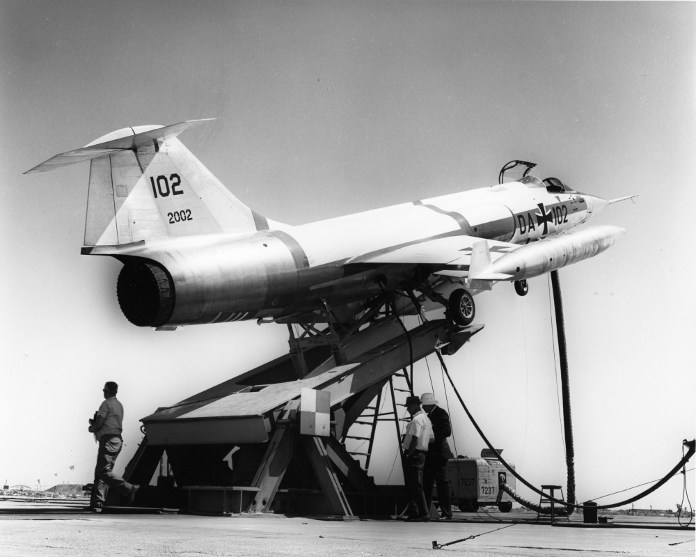 lockheed_f-104g_da_102_zell_tests_edwards_afb_1963