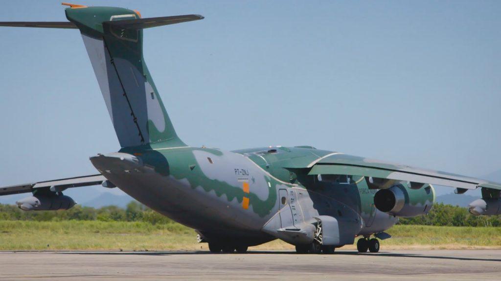 KC-390 revo com F-5-p8