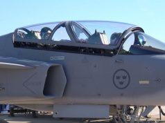 Alunos de ensaio em voo brasileiros avaliam o caça Gripen