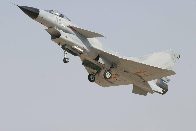 http://www.aereo.jor.br/wp-content/uploads/2008/08/j-10-b.jpg