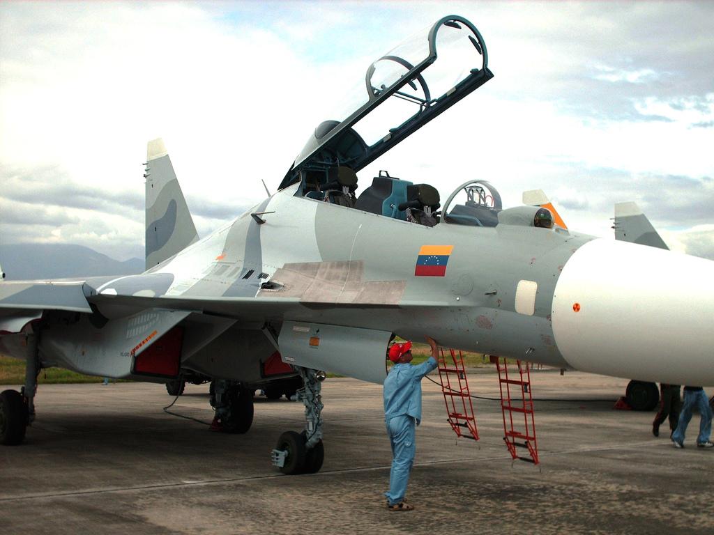 http://www.aereo.jor.br/wp-content/uploads/2008/08/sukhoi-su-30mkv-flanker-c.jpg