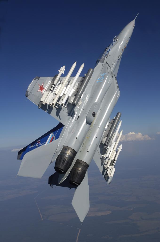 Liberacion de Mirage 2000-5 ex AdA para el mercado de segunda mano? - Página 16 Mig-35-3