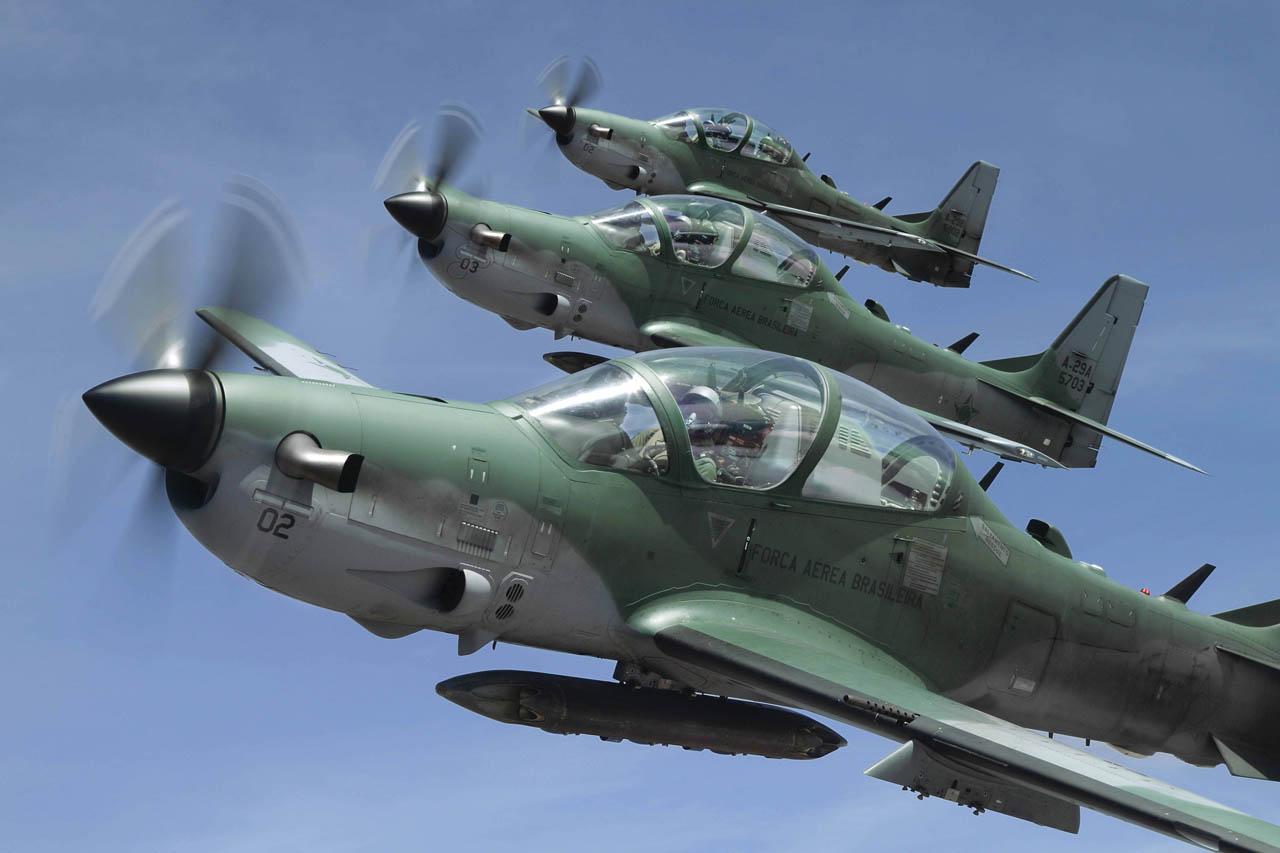 Indonésia pretende adquirir 16 aviões Super Tucano da Embraer